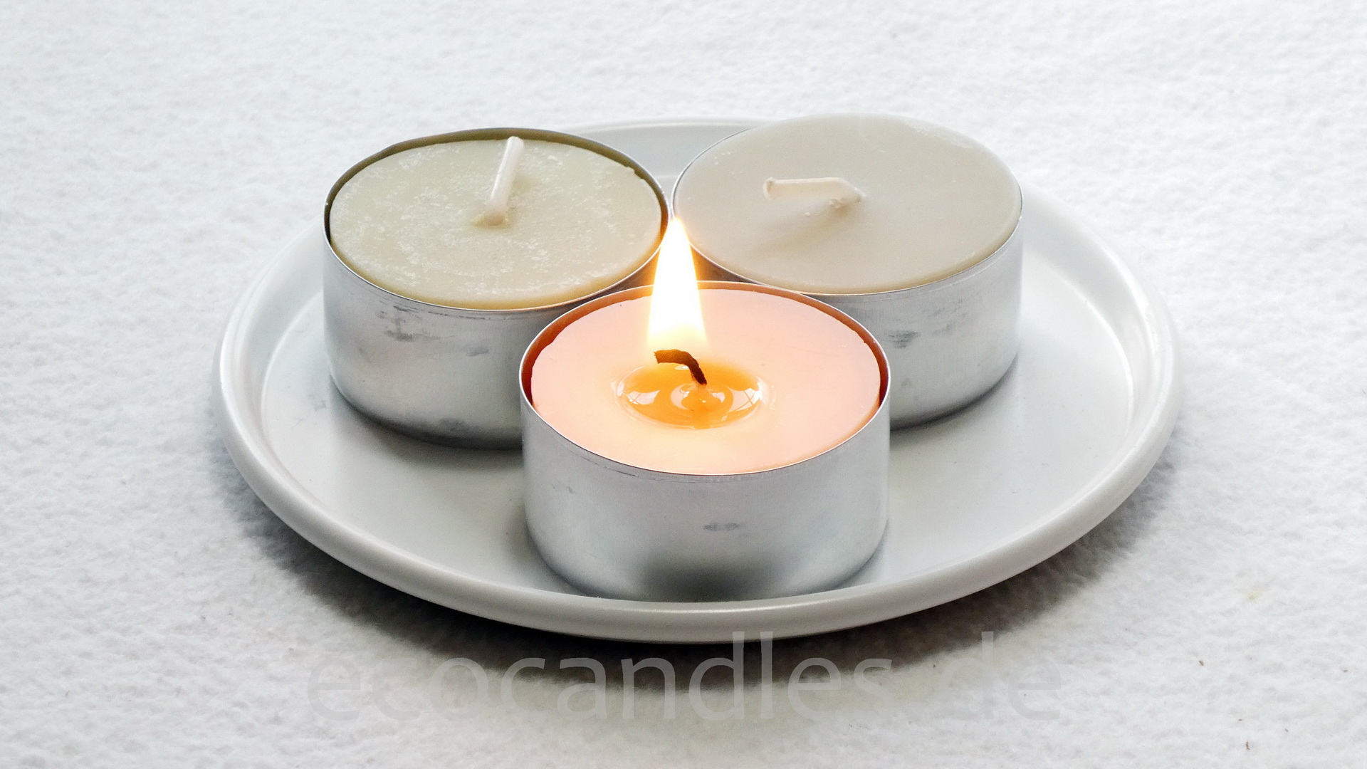 Recycled-Tea-candle small with alu-shell